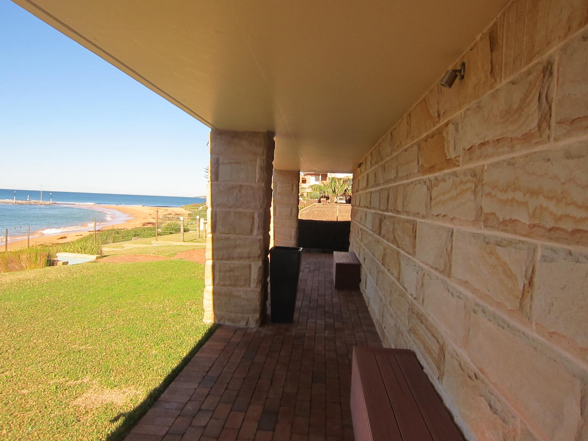 Sandstone columns and cladding Sydney.