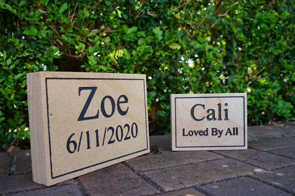 Small and Medium Sandstone Pet Memorial Plaque Signs